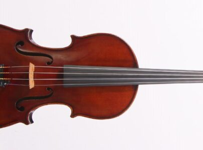 Tips for tuning your violin, viola, cello or double bass!
